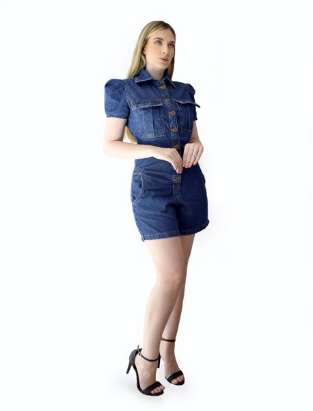 Macaquinho Jeans com Lapela